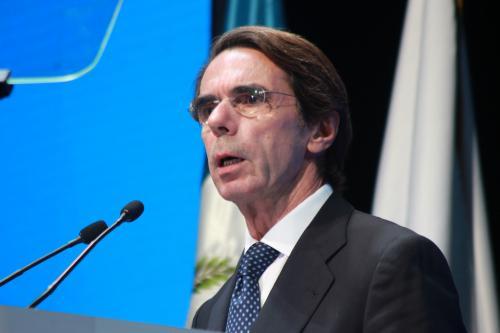 """José María Aznar hizo una descripción de los cambios que a su criterio, se requieren para construir un """"Estado bien hecho"""". (Foto: Alejandro Balán/Soy502)"""