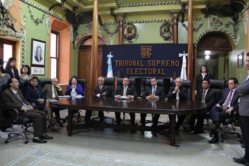 La carta de renuncia fue aceptada por el pleno de magistrados del TSE. (Foto Archivo/Soy502)