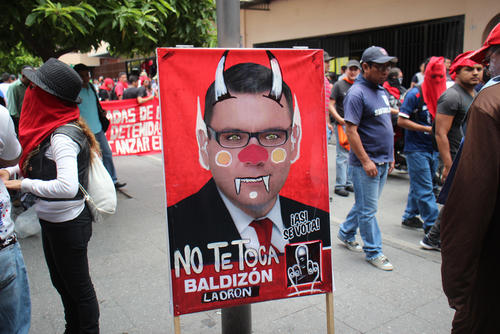"""La popular frase """"No te toca"""" fue una de las más leídas durante la Huelga Extraordinaria. (Foto: Alejandro Balan/Soy502)"""
