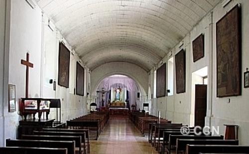 Así lucían las pinturas en el interior de la iglesia El Calvario, antes que fueran robadas. Foto CCN