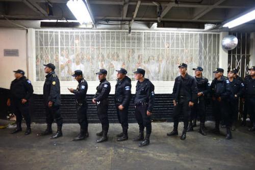 El problema de las pandillas debe resolverse evitando que más jóvenes se incorporen a ellas. (Foto: Jesús Alfonso/soy502)
