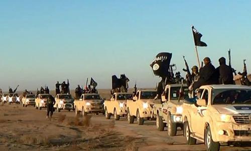 El grupo terrorista se agencia de fondos gracias a la venta de petróleo robado, secuestros y robos. (Foto: enlucha.org)