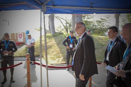 El Jefe de la CICIG llegó molesto a la ceremonia de investidura, y con razón. (Foto: Jorge Rojas/Soy502)