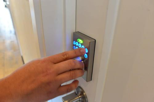 Una de las características primordiales de El Dorm es la seguridad, en cada apartamento se ingresa con una clave. (Foto: Jesús Alfonso/Soy502)