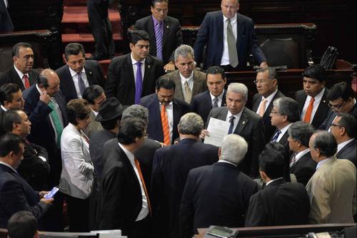 El Congreso ha sido reprobado ampliamente este año, pues no se ha aprobado ni una sola iniciativa de Ley. (Foto: Archivo/Soy502)