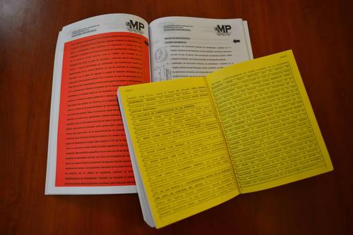 Las publicaciones destacan con colores las partes que considera su autor. (Foto: Jesús Alfonso/Soy502)