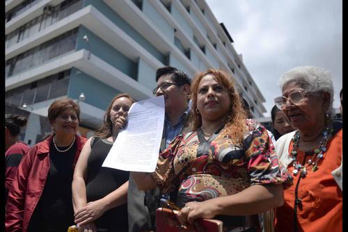 Los afectados antes de presentar sus argumentos para unirse al proceso judicial. . (Foto: Jesús Alfonso/Soy502)