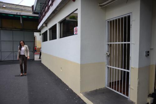 En la oficina de Christian Boussinot no dan razón de dónde se encuentra el diputado. (Foto: Jesús Alfonso/Soy502)