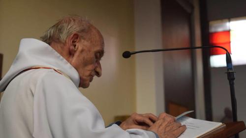 El sacerdote atacado en Saint Etienne du Rouvray fue identificado como Jacques Hamel de 86 años. (Foto: www.elconfidencial.com)