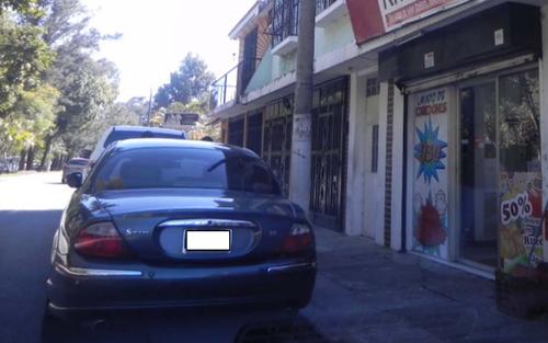 Vista del vehículo Jaguar propiedad de Byron Lima, según el MP.  (Foto: Cicig)