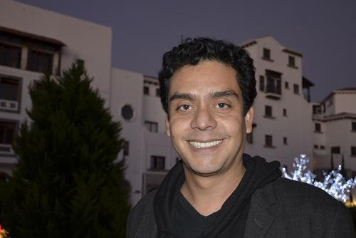 El cineasta guatemalteco Jayro Bustamante explica a soy502 cómo se hace una película en Guatemala y los retos a enfrentar. (Foto: Selene Mejía/Soy502)