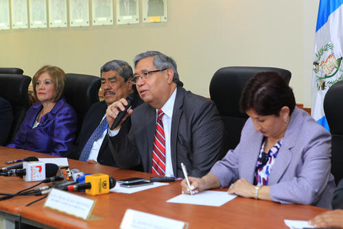 El Vicepresidente, Jafeth Cabrera, en conferencia de prensa sobre la reunión de Alianza Nacional para la Transparencia. (Foto: Presidencia)