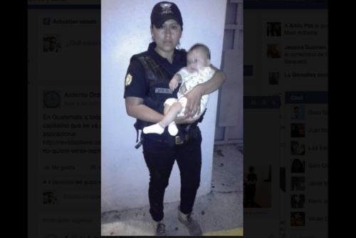 El pequeño fue rescatado en una vivienda de la colonia Enriqueta, zona 5 de Villa Nueva. (Foto: PNC)