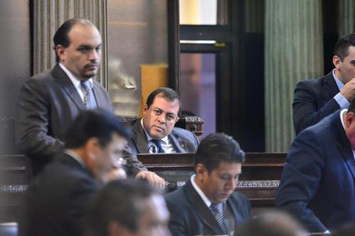 Julio Juárez dejó al partido Lider un mes antes de asumir como diputado y se pasó al Movimiento Progresista; el pasado viernes se incorporó al FCN. (Foto: Wilder López/Soy502)