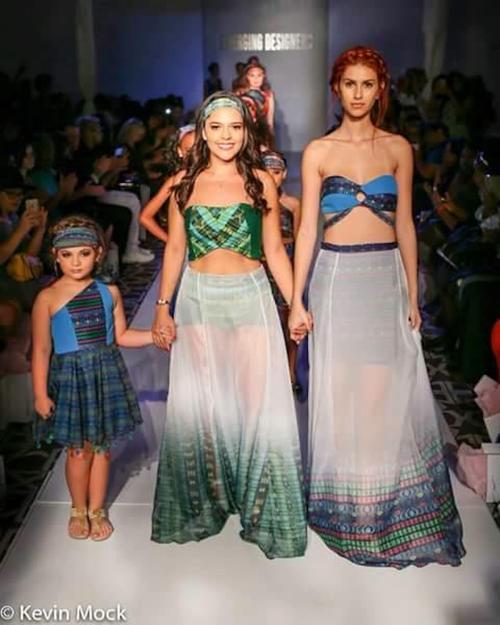 """Ericka Castañeda y sus diseños en pasarela, en la """"Fashion gallery"""", de la Semana de la moda en Nueva York. (Foto: Kevin Mock)"""