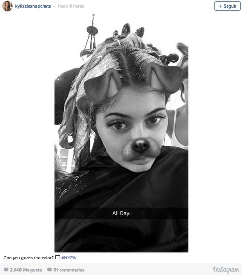 Los seguidores de Kylie Jenner permanecieron ayer durante más de una hora pendientes de la cuenta de Snapchat de la modelo. (Foto: Snapchat)