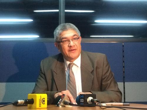 Martín Guzmán, Secretario de la Corte de Constitucionalidad, en conferencia de prensa. (Foto: Luis Barrios/ Soy502)