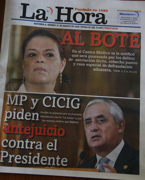 El vespertino de La Hora con su portada del viernes.  (Foto: Soy502)