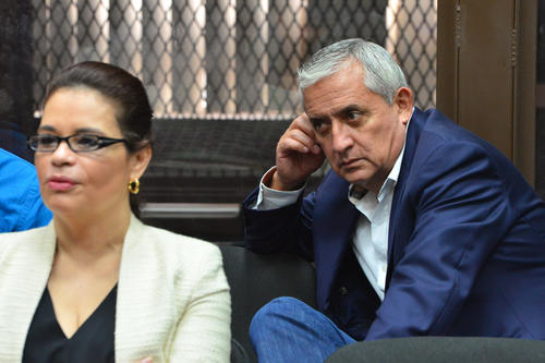Otto Pérez Molina y Roxana Baldetti enfrentarían juntos un tercer proceso penal. (Foto: Archivo/Soy502)