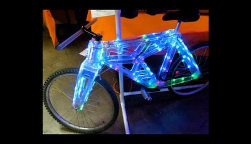 Bicicleta luminosa. (Foto:Internet)