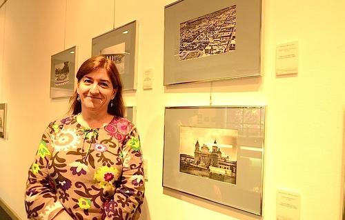 La directora del museo Miraflores, Liwy Grazioso, nos cuenta la importancia de conservar la historia de nuestra ciudad y conocer el incalculable valor de sus monumentos. (Foto: Selene Mejía/Soy502)