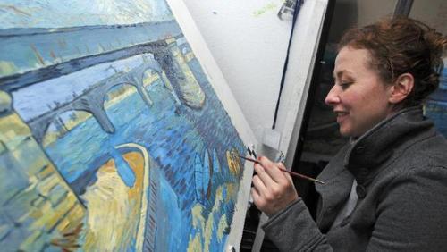 Unos 40 artistas, conocedores del post impresionismo participaron en la realización de Loving Vincent. (Foto: Yahoo News)