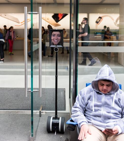 """El robot """"Lucy"""". (Foto: Mashable)"""
