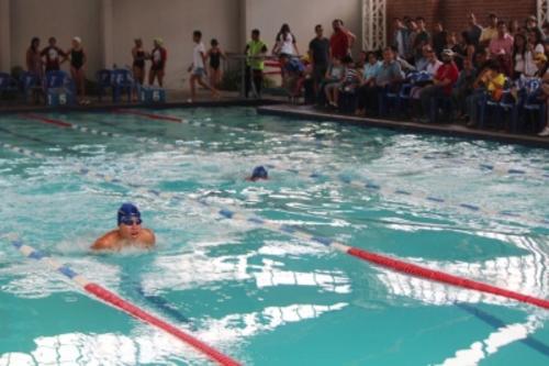Vista del área de piscina del colegio Liceo Javier. (Foto: Página web Liceo Javier)