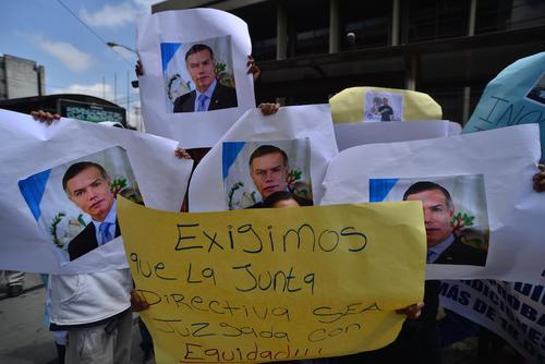 Los administradores corruptos han sido una plaga en el IGSS. (Foto: Wilder López/Soy502)