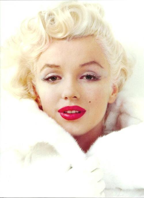 Los labios rojos de Marilyn Monroe hicieron época. ¿Por qué tú no?