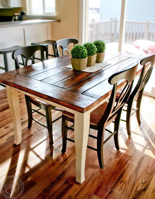 Con una flor o centro de mesa, ocupas el espacio que podría ser utilizado como centro del desorden (Foto: inspirahogar.com)