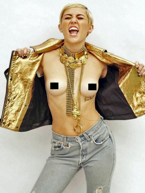 La foto pertenece a una sesión en la que Miley Cyrus colaboró con el fotógrafo Brian Bowen Smith para la revista Maxim aunque al final no fue utilizada. (Foto: Egotastic)