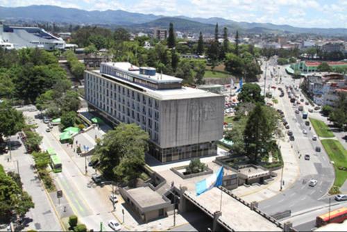 """La Municipalidad de Guatemala no precisó cuántos trabajadores reciben el """"Bono del Pescado"""". (Foto: Archivo/Soy502)"""