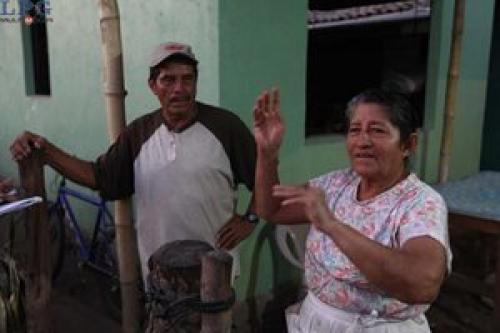 María Julia Alvarenga y Ricardo Orellana, padres del náufrago tenían ocho años de no saber nada de él. Foto:LaPrensaGráfica/Soy 502