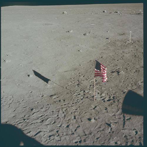 La bandera estadounidense no ondea en la luna. (Foto: Nasa)
