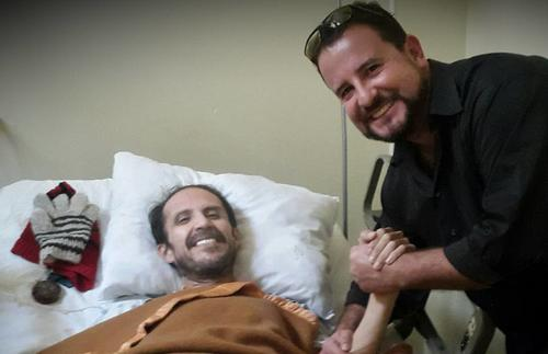 Mario Vallar fue uno de los primeros amigos que difundieron el estado de salud de Nelson Leal en las redes sociales el mes pasado.