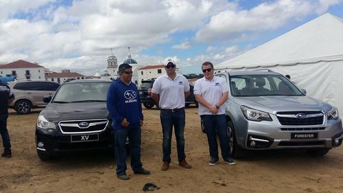 Representantes de Subaru explicaron al público los avances de los nuevos modelos.
