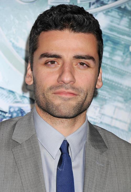 El actor guatemalteco Oscar Isaac es hoy el centro de atención de los medios especializados en espectáculos.