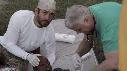 La rapidez no era la única pasión de Paul Walker, brindar servicio humanitario le dio la oportunidad de hacer algo especial.