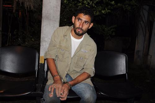 Las autoridades detuvieron a José Medrano Pineda Escobar de 28 años, conductor del pickup que sacó de la cinta asfáltica a la unidad de la PNC. (Foto: PNC)