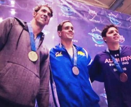 De izquierda a derecha; Michael Phelps, Tom Shields y Luis Martinez. (Foto: alabamanewscenter.com)