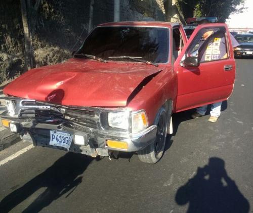 Este es el vehículo que habría atropellado a dos mujeres en la ruta hacia el Atlántico. (Foto: PNC)