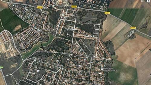 Vista aérea de la urbanización en la que fueron encontrados los cuerpos. (Imagen: ABC.es)