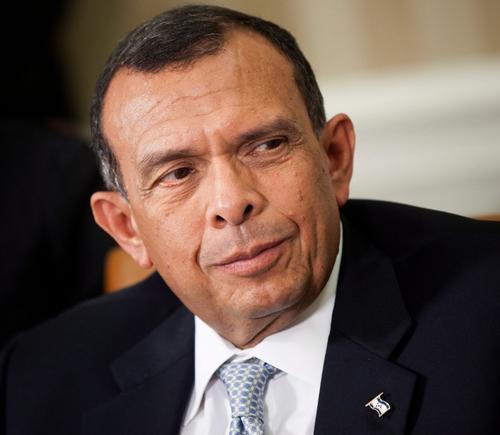 Porfirio Lobo Sosa fue presidente de Honduras durante el periodo 2010-2014. (Foto: televicentro.hn)