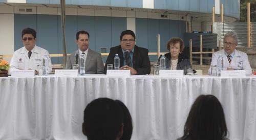 El Dr. Adrián Chávez, viceministro técnico del Ministerio de Salud Pública y Asistencia Social, agradeció a la Fundación por el proyecto. (Foto: Eddie Lara/Soy502)