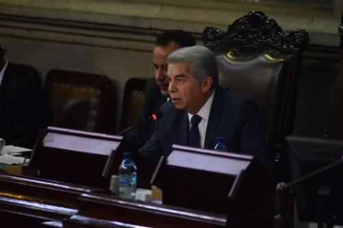 El presidente del Congreso, Luis Rabbé, no provocó sobresaltos en diferentes diputados como en sesiones anteriores. (Foto: Jesús Alfonso/Soy502)