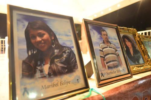 Las familias recordaron a los que murieron el día de la tragedia. (Foto: Jesús Alfonso/Soy502)