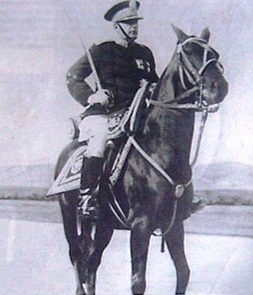 Jorge Ubico gustaba mostrar sus habilidades deportivas.