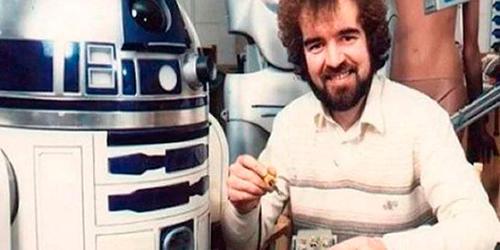 Dyson fue el artífice de la personalidad del famoso robot y creador de sus colores, su forma de moverse y sus pitidos. (Foto: Latercera.com)
