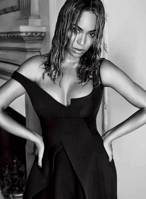 Beyoncé es la tercera mujer de color en aparecer en la portada de la publicación en esta fecha. (Foto: Voge)